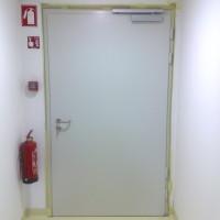 Požarna vrata z EVOP sistemom